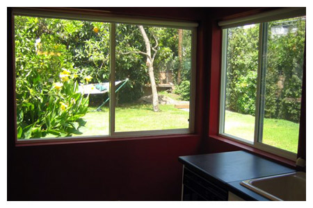 08-Guest_House_Kitchen_Windows_7-05